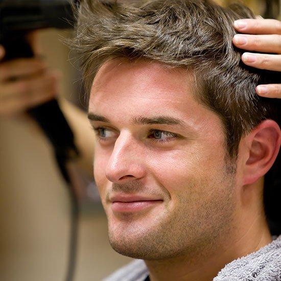 Mit frisuren männer geheimratsecken Frisuren Mit